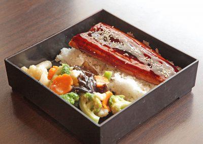 UNAJU (Anguille grillée sur le riz)