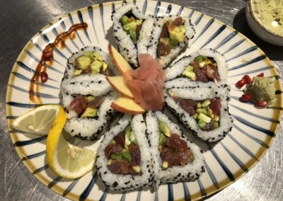 Spicy thon rouge roll 10P